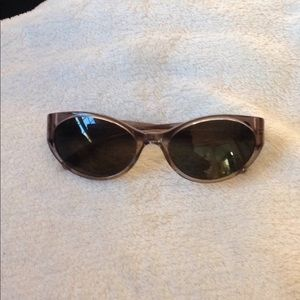 Authentic Tory Burch gray cat eye sunglasses